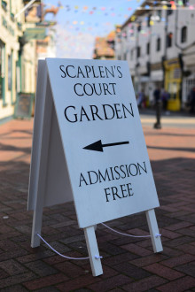 Scaplen's Court - listed building signwriting