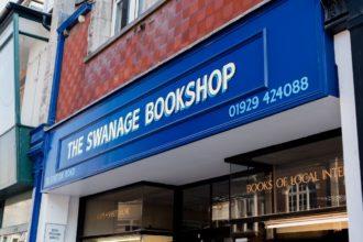 Gold leaf shop sign for The Swanage Bookshop