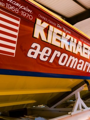 Powerboat Signwriting- Kiekhaefer Aeromarine 3